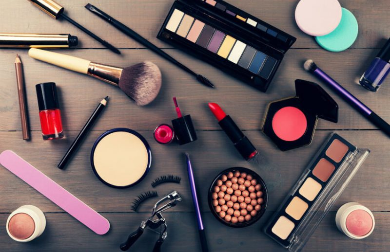 مجوز بسته بندی محصولات آرایشی