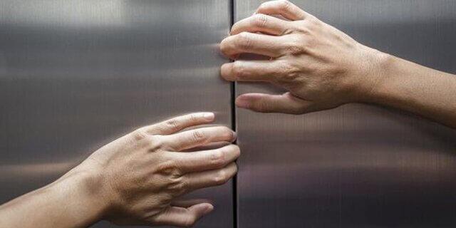 موقع قطع برق در آسانسور چه کنیم